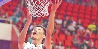 广东省男子篮球联赛昨晚落幕 东莞队喜获三连冠 - 体育局