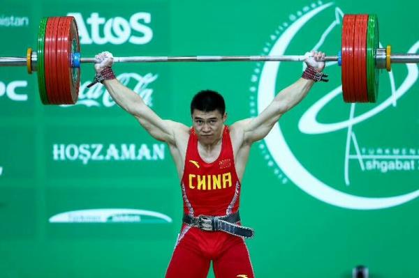 东莞石龙举重运动员勇夺亚洲举重赛冠军