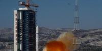 1月9日11时24分,我国在太原卫星发射中心用长征二号丁运载火箭,将高景一号03、04星发射升空,卫星顺利进入预定轨道,中国航天2018年首次发射任务取得圆满成功。 新华社记者 曹阳 摄 图片来源:新华网 - 新浪广东