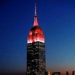 纽约帝国大厦为广州花市亮灯。 - 新浪广东