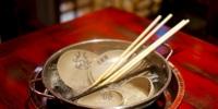 用公筷戴口罩 广州市民出游用餐展文明之风 - 广东大洋网