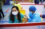 """摄影报道 """"五一""""疫苗接种""""不打烊"""" - News.Timedg.Com"""